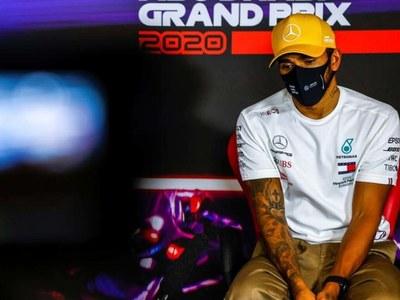 Hamilton wins big at virtual FIA prizegiving
