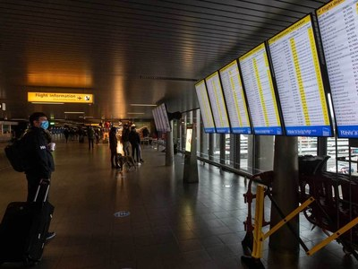 Belgium suspends UK flights, trains over virus variant