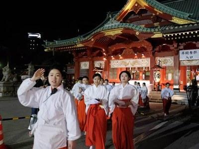 Japan New Year rituals fall victim to virus surge