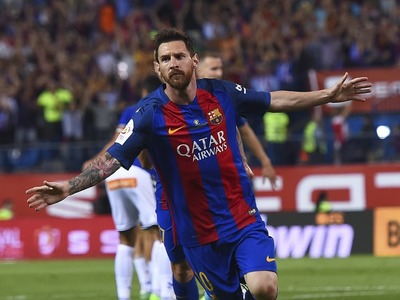 Messi breaks Pele's record goal haul by scoring 644th for Barca