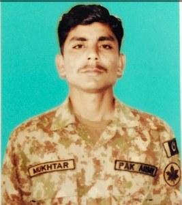 Sepoy Mukhtar martyred in Indian firing across LoC: ISPR