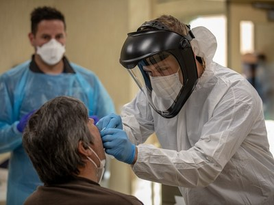 Ukraine virus cases top one million