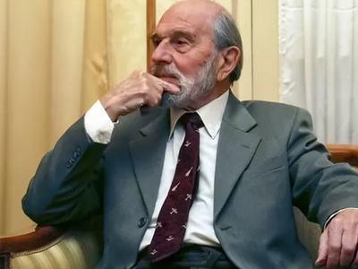 Legendary Soviet double agent George Blake dies aged 98