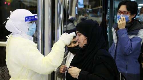 Saudi Arabia extends entry ban for another week