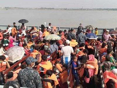 Bangladesh moves biggest group of Rohingya to isolated island