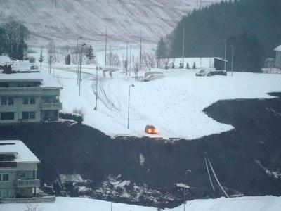 Hundreds evacuated, up to 20 missing after Norway landslide