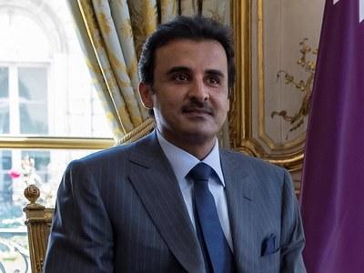 Qatar emir invited to Gulf summit amid diplomatic row