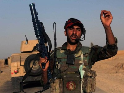Afghan troops, police abandon nearly 200 checkpoints to Taliban