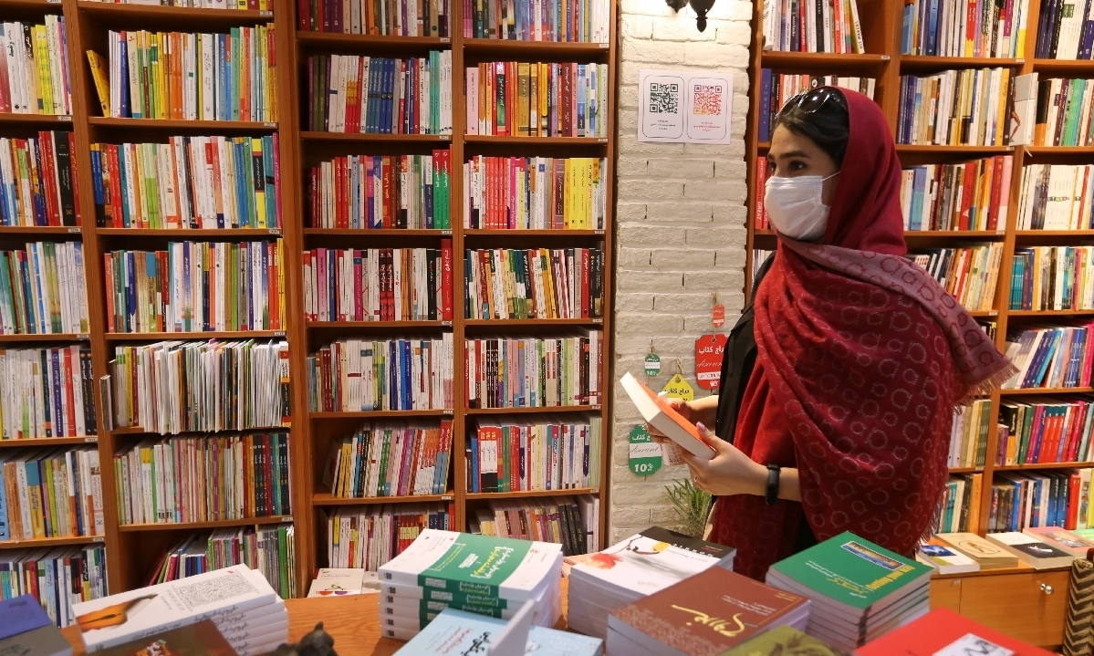 Foreign authors and women readers drive book sales in Tehran's book markets
