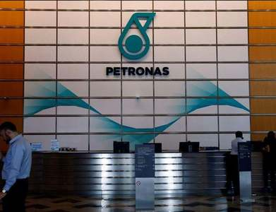Malaysia's Petronas says Baram oil output to resume in Q3 after ship accident