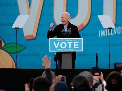 Georgia votes in polls that could shape Biden presidency