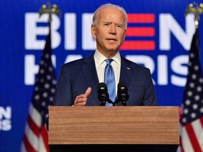 Georgia voting in polls that could shape Biden presidency