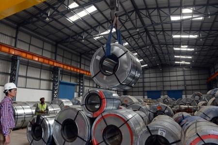 Shanghai stainless steel scales 3-week high on firm demand, nickel's surge