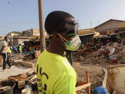 Senegal slaps virus curfew on capital
