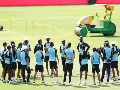 India, Australia switch up opening partnerships for crunch Sydney Test