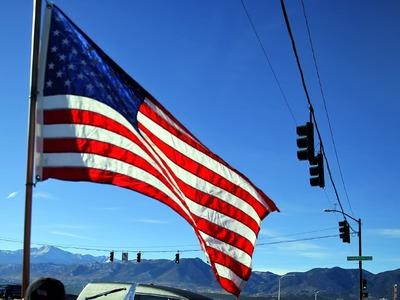 US service sector regains speed in December