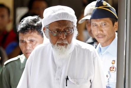 Indonesian radical cleric linked to Bali bombings released from jail