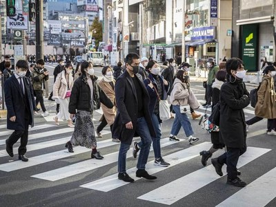 In Japan, wider COVID-19 curbs heighten double-dip recession risk