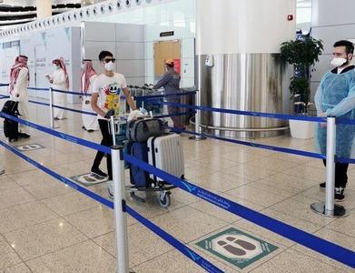First Qatari vehicles cross border into Saudi after Gulf détente
