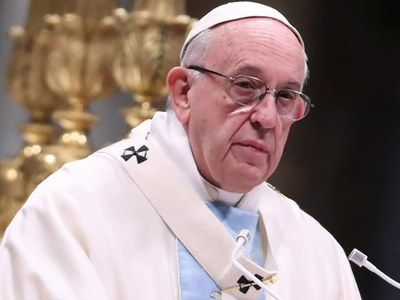 Pope urges US to protect democracy