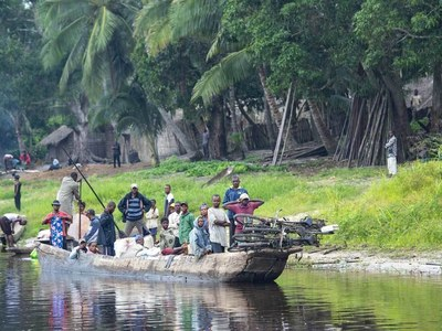 Six dead, 19 missing in Congo River barge sinking