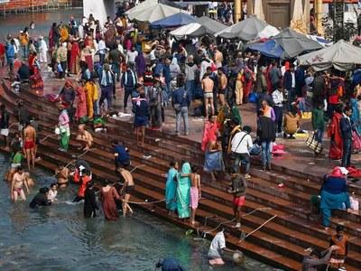 Coronavirus fails to deter massive Hindu Ganges pilgrimage
