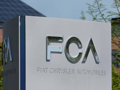 Fiat Chrysler to pay 2.9bn euro special dividend to shareholders on Jan 29