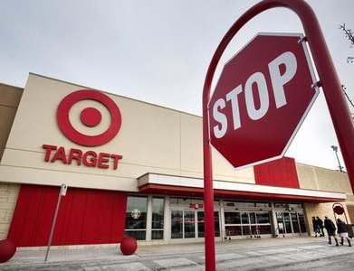 Target holiday sales jump 17pc on strong online demand