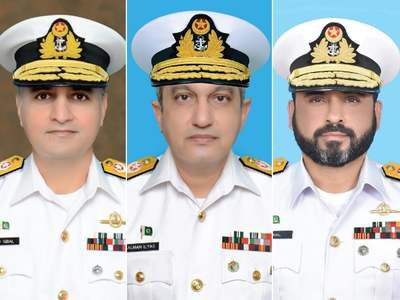 Pakistan Navy promotes three Commodores to rank of Rear Admiral