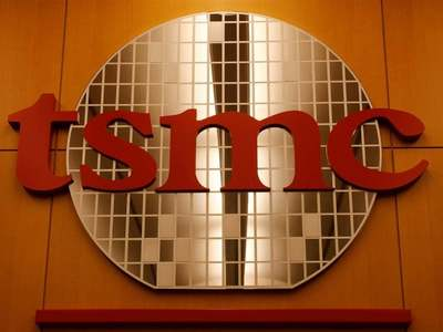 TSMC shares rise more than 5% after record high quarterly results