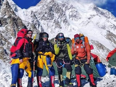 Nepali team creates history by scaling K2 in winter