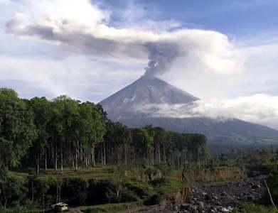 Indonesian Semeru volcano erupts, spews ash 5kms into sky