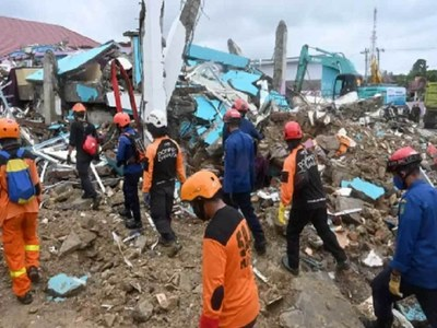 Quake death toll at 73 as Indonesia struggles with string of disasters