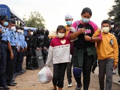 Guatemalan forces clash with major US-bound migrant caravan