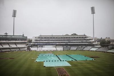 Rain halts final Australia-India Test at the Gabba