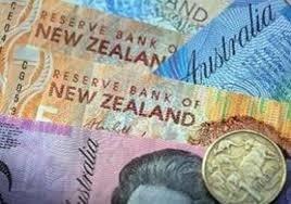 Aussie, kiwi weaken