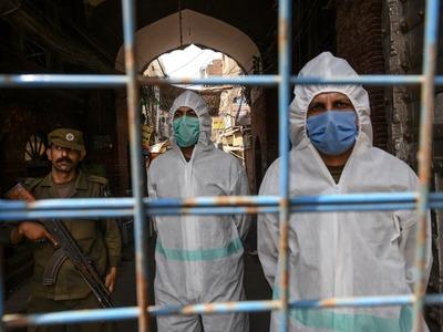 Pakistan's coronavirus death toll crosses 11,000 mark