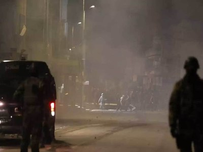 Tunisia rocked by fourth night of street riots