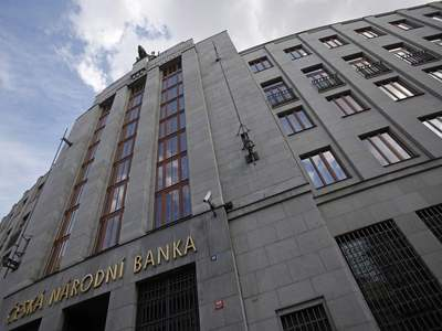 Czech central bank governor sees double-dip recession, no need to ease policy