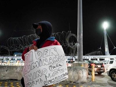 Mexico welcomes Biden halt to border wall construction