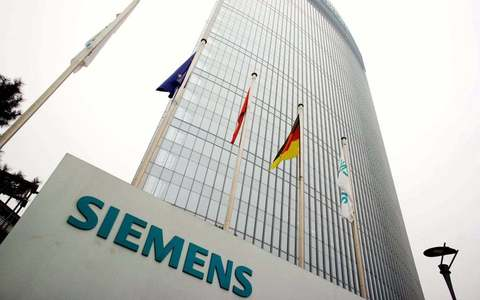 Siemens reports stronger than expected results, to review outlook