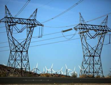 High-voltage power line linking France to Britain starts at full capacity