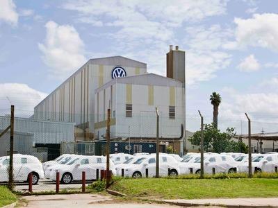 Volkswagen operating profit drops by half in 2020