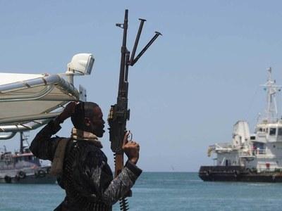Pirates kill sailor, kidnap 15 off Nigeria: report