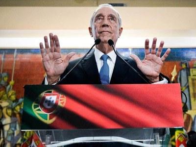 Portuguese brave lockdown to re-elect President Rebelo de Sousa