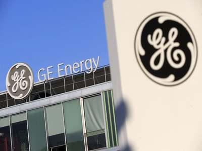 GE tops free cash flow estimates, provides upbeat 2021 outlook