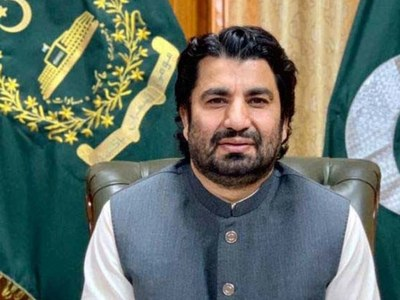 Suri asks MNAs not to sit in house for failing to submit assets details in ECP