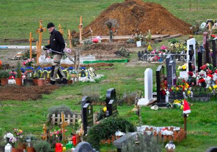 UK passes 100,000 COVID deaths
