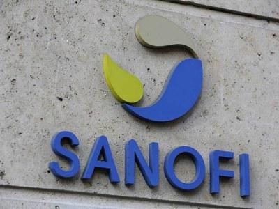 Sanofi 'proud' to help make rivals' vaccines