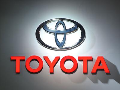 Toyota overtakes Volkswagen